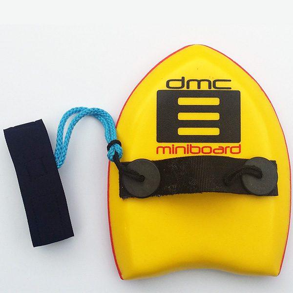 גלשני יד לגלישת גוף ה-MiNi bORd הוא מיני סופט שמתלבש על כף היד לגלישת Bodysurfing.