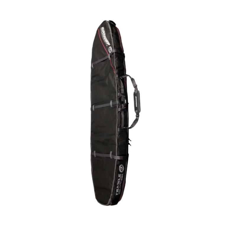 כיסוי Double Coffin של BlockSurf מיועד ל 2 לונגבורדים,בנוי בד פוליאסטר עמיד במים 600D, מייסבים וגלגלים איכותיים ומאד אמידים, משולב עם מיגון ספוג בולם זעזועים בעובי 10MM, קירות כיסויי מ-EVA. רוכסן מסיבי איכותי אל חלד, כיס פנימי לשעוות חרבות ואביזרים קטנים נוספים, מיגון נוסף לחרטום.סדרת Triple Coffin של BlockSurf מגיעה עם חורי אוורור למניעת חימום יתר של הגלשן בכיסוי ולייבוש מהיר של הכיסוי.כיסויי מאד איכותי שומר על הגלשנים ברמה הכי גבוה שיש בטיסות.
